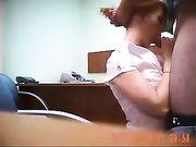 Sexo oral y sexo en la oficina con el jefe